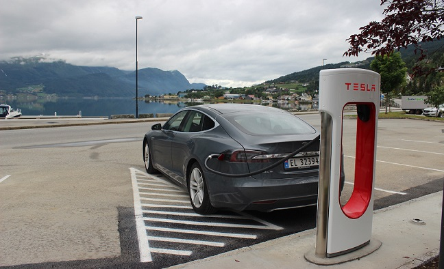 @Tesla