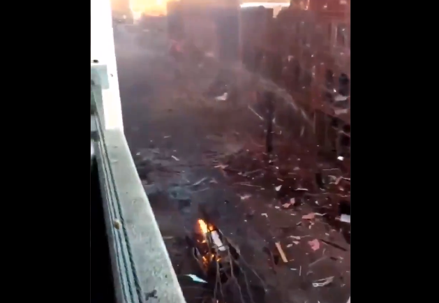 "Auto que explotó en Nashville, Tennessee, avisaba sobre ""una bomba"""