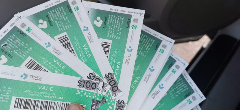 Reportan entrega de vales de despensa falsos a trabajadores de la CDMX
