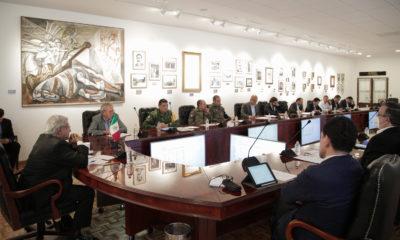 AMLO se reúne con gabinete; discuten desaparición de autónomos