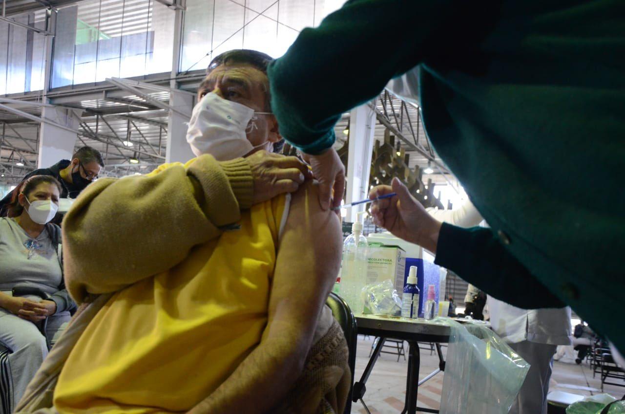 Hacienda, Así va la vacunación de adultos mayores en la CDMX