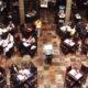 Restauranteros celebran semáforo naranja en CDMX; presionan para medidas más laxas