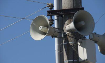 Fallas en alerta sísmica le costaron el puesto a dos operadores del C5, altavoces
