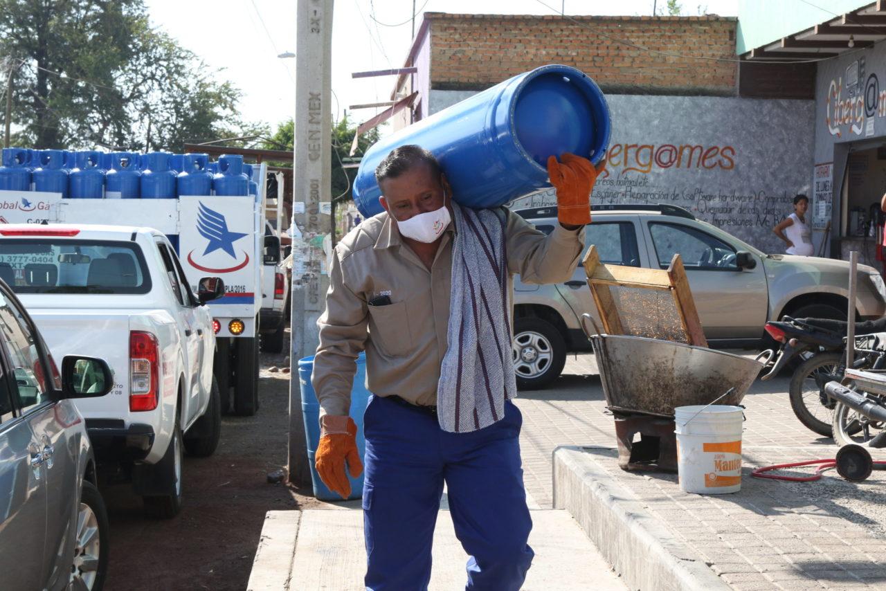 Profeco prepara nueva norma oficial para cilindros de gas LP, gaseros