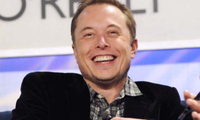 Elon Musk y Jeff Bezos intercambian arponazos por carrera espacial