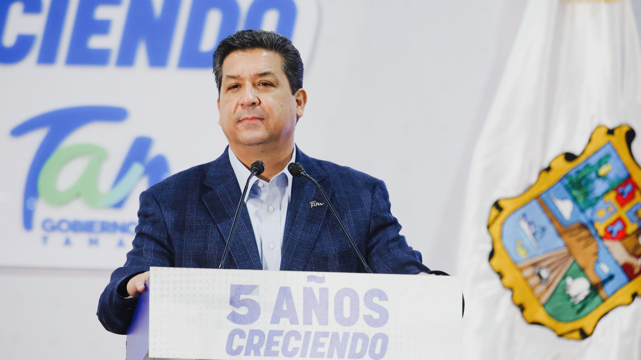 Diputados quitan fuero a Cabeza de Vaca, gobernador de Tamaulipas