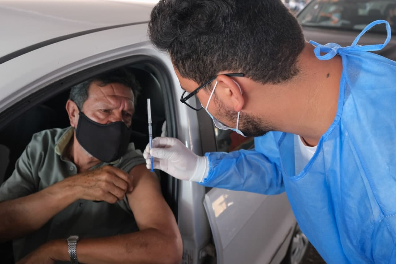 Muertes por COVID siguen desacelerando; SSa confirmó 52