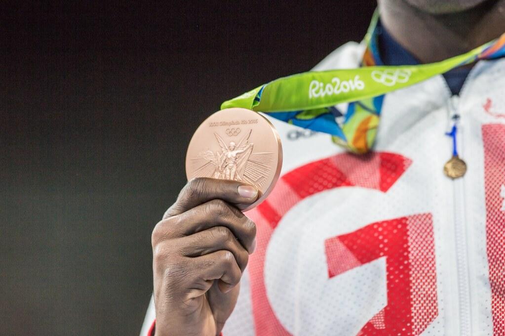 Habrá más apoyos para atletas que ganen medalla en Tokio, adelanta AMLO