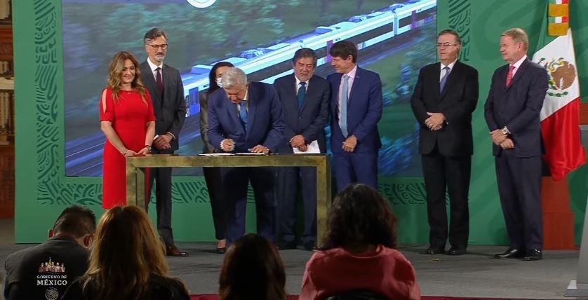 Firma gobierno contrato con Bombardier-Alstom para construir vagones de Tren Maya
