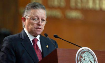 Zaldívar presenta oficialmente consulta sobre ampliación de mandato