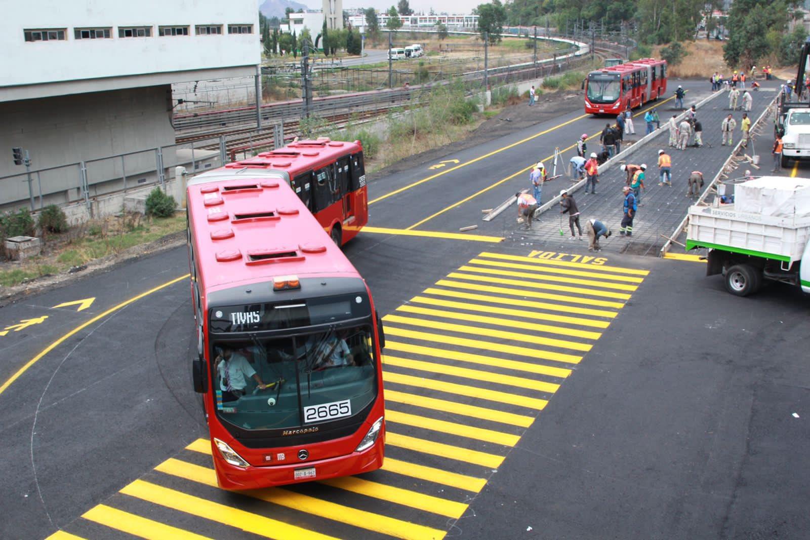 Extienden servicio de metrobús por colapso de Línea 12