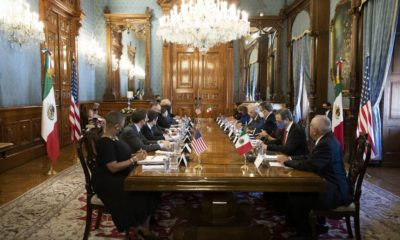 Reunión de gobiernos de EU y México en Palacio Nacional