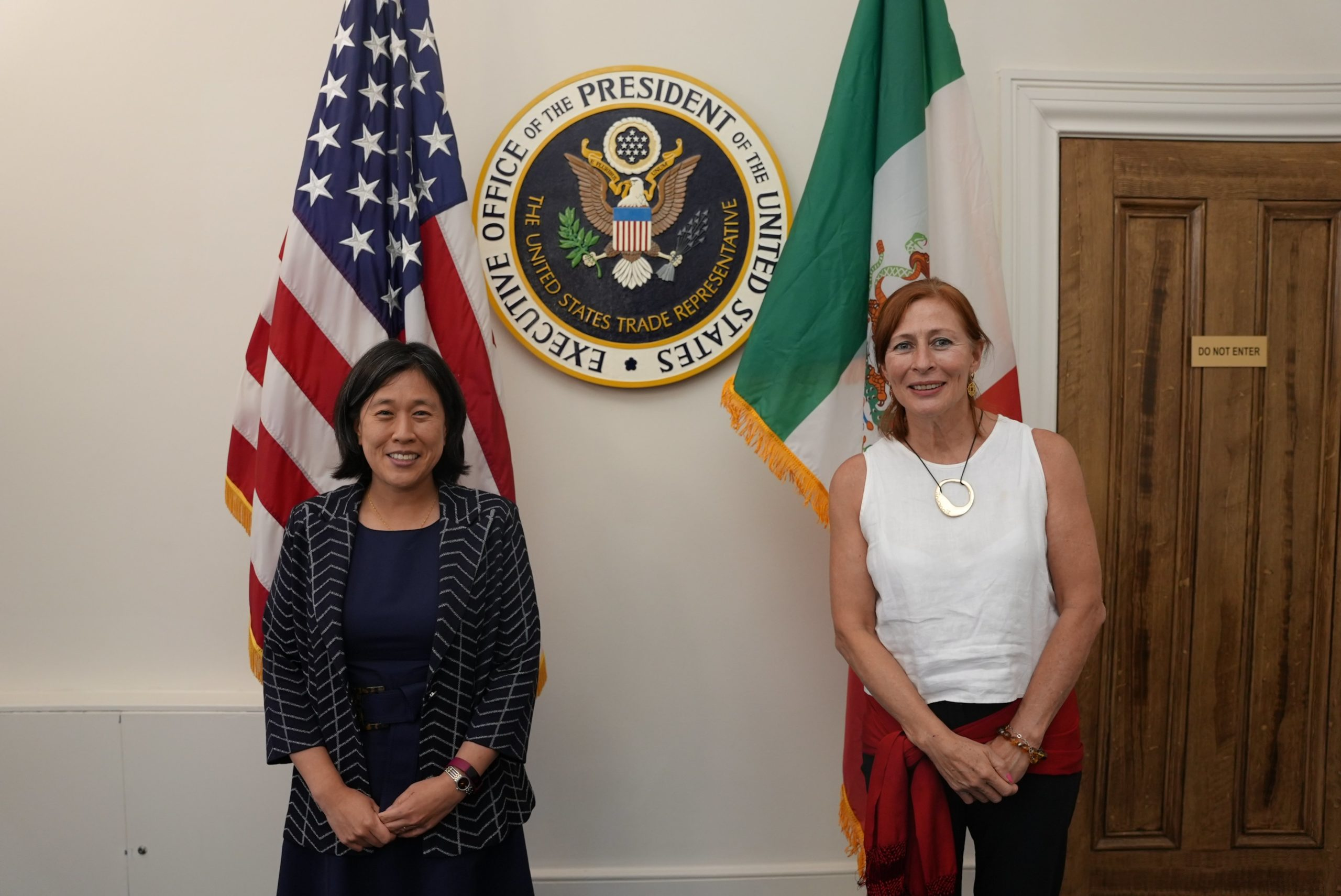 Visita de Tatiana Clouthier en Estados Unidos / @SE_mx